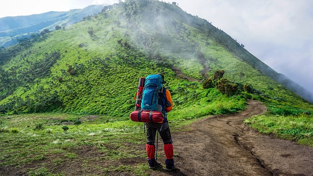 best backpacking trips for beginners